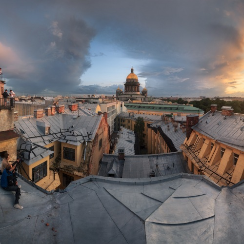"""Russia : Saint Petersburg : """"roof of the world"""""""
