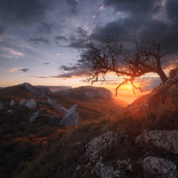 Crimea : sunrise at Sun temple